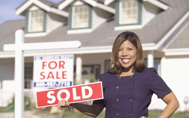 How to Select the Best Real Estate Agent To Sell Your Property